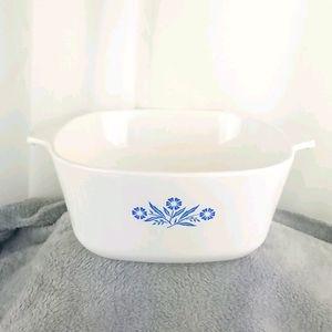 Vintage CorningWare  2 1/2 qt P-2 1/2 B white blue